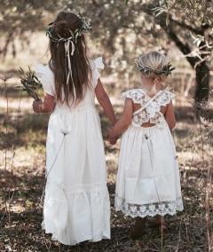 Girls lace flower girl dress